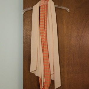 Infinity scarf with extra scarf